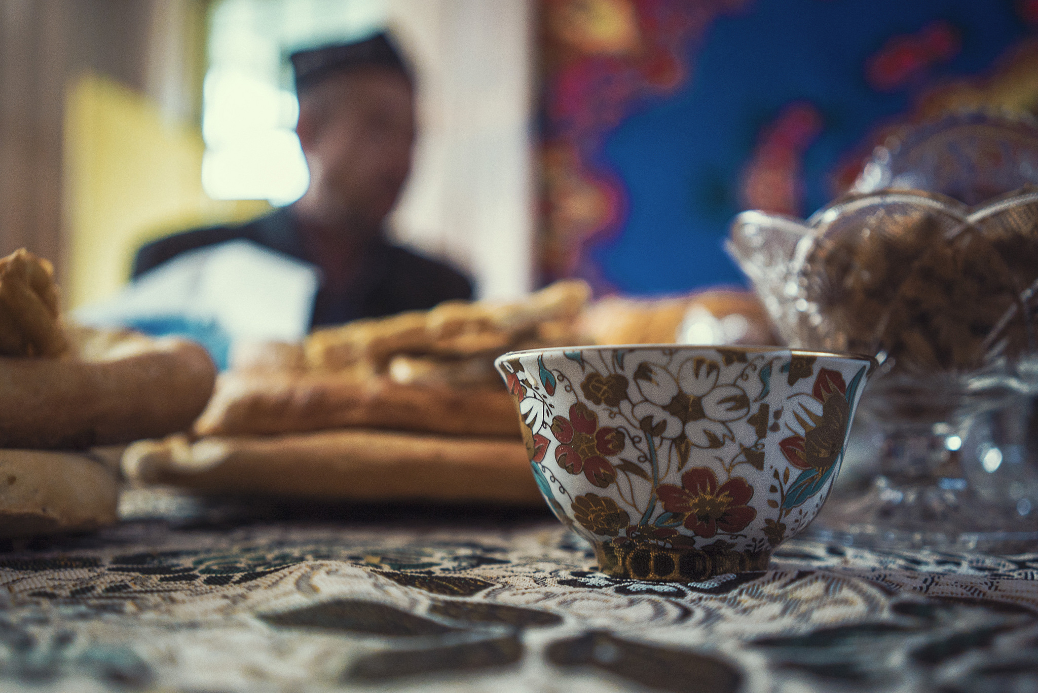 Any visit to a Yee home includes the serving of various refreshments including tea and the ubiquitous naan bread which also has religious significance.