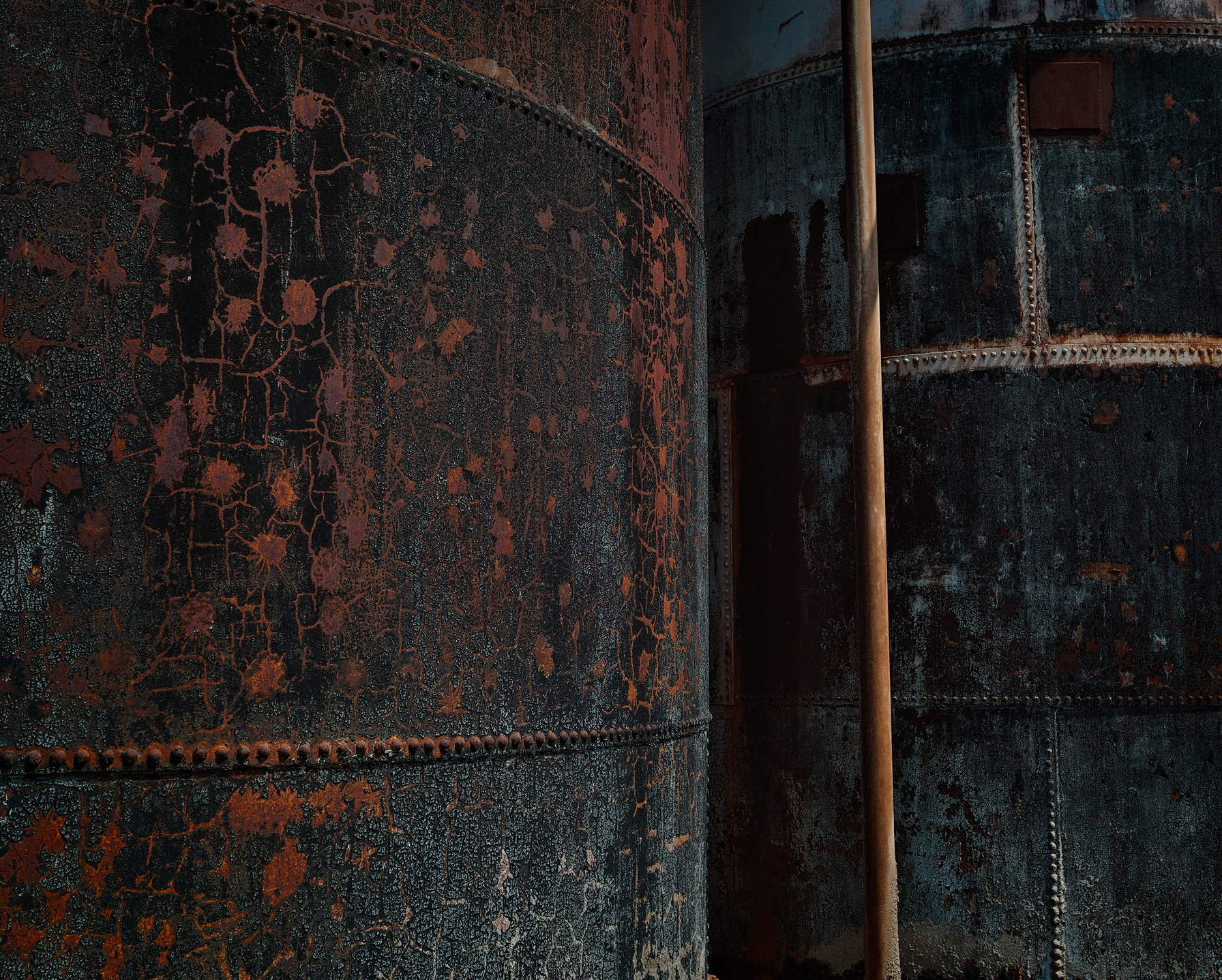 Old tanks at the Junction Mine in Broken Hill. The texture the SD-H picked up is incredible.