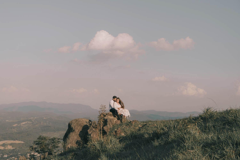 ensaio mairiporã, ensaiodecasamento, prewedding, pico do olhodagua, ensaio por do sol, casamento de dia, saopaulofotografia