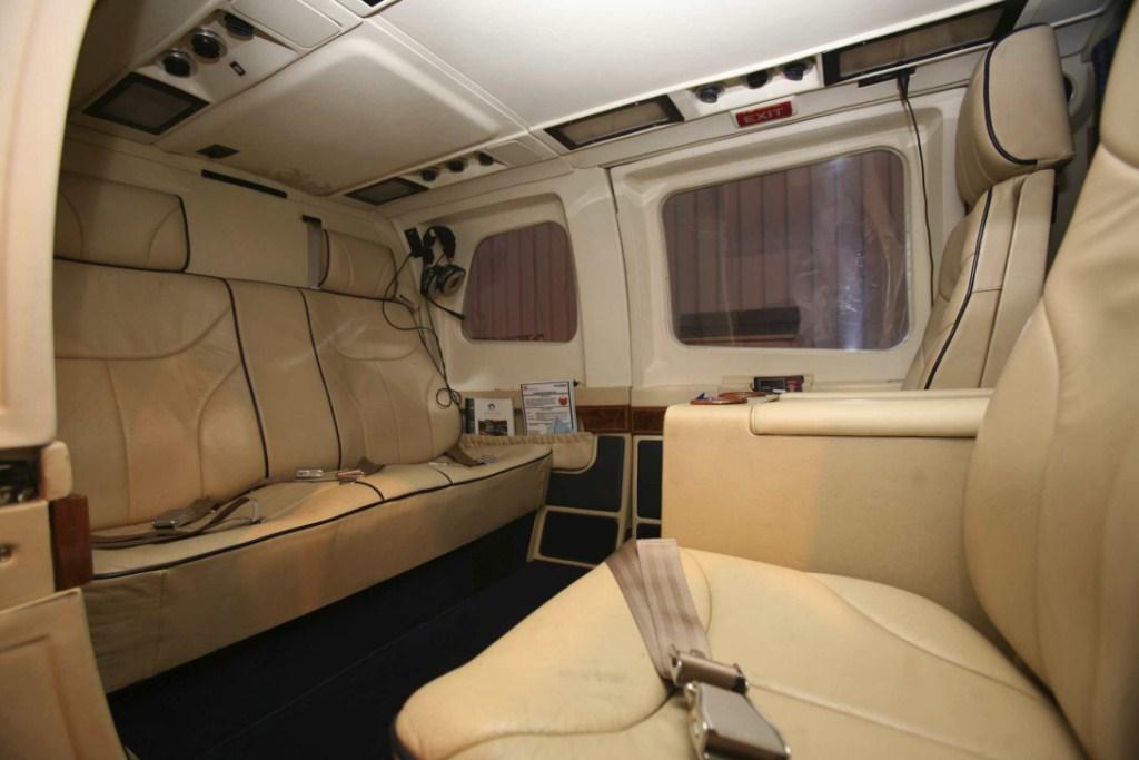 Bell 222 VIP Interior