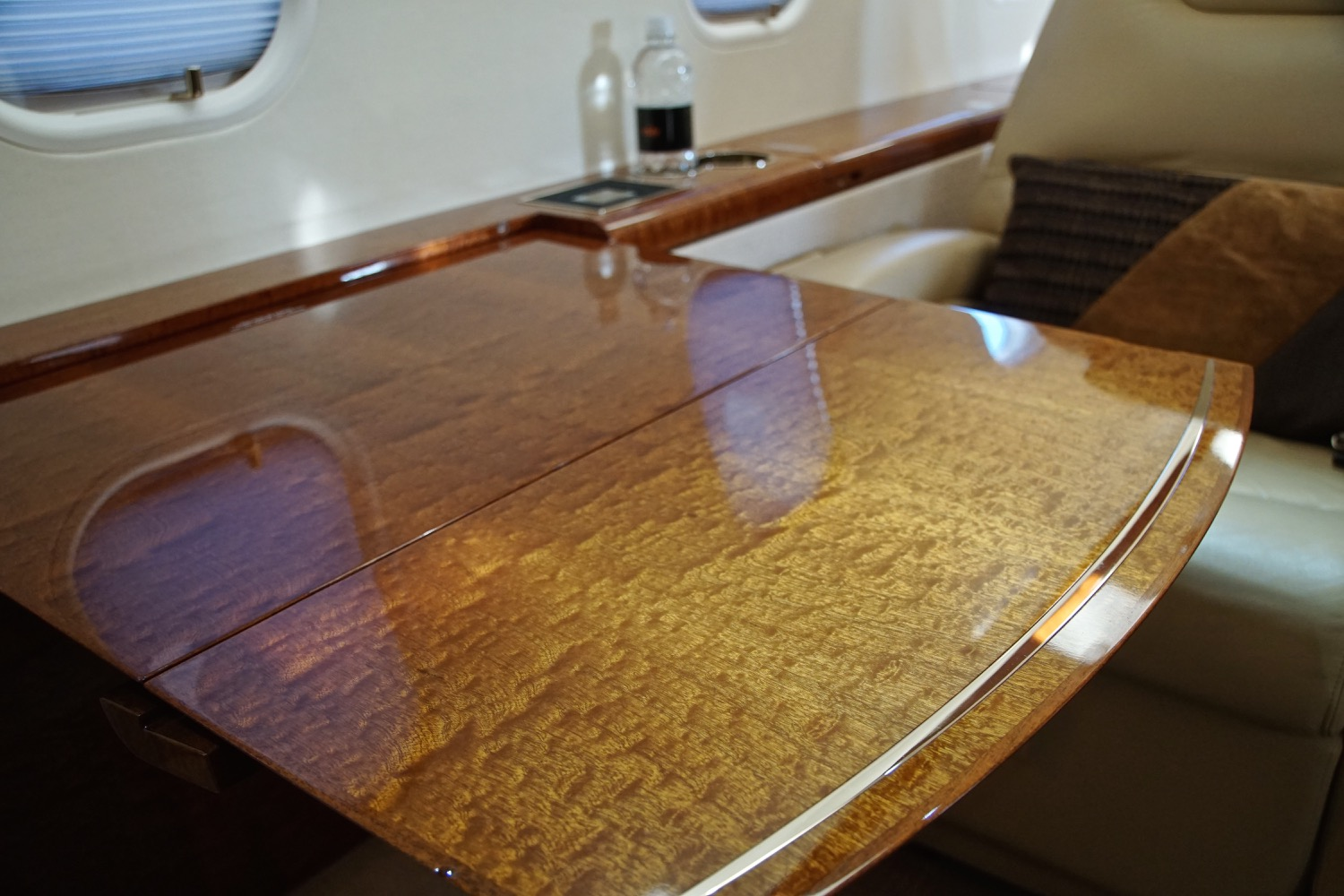 Challenger 300 For Sale 17
