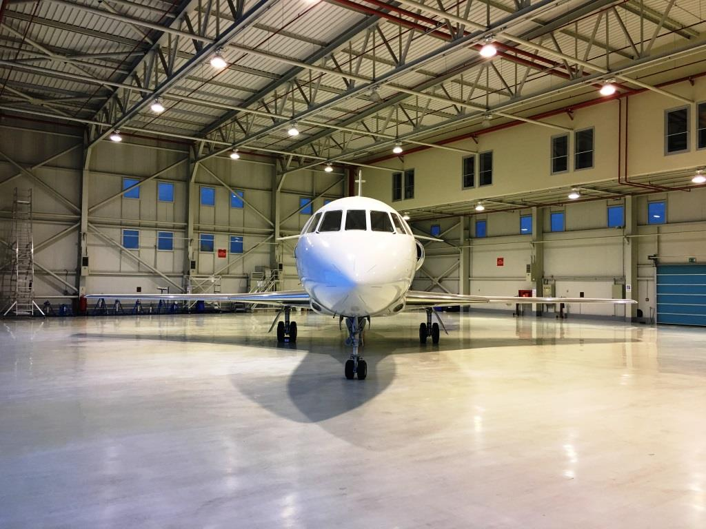 2006 Falcon 2000 For Sale Exterior 6