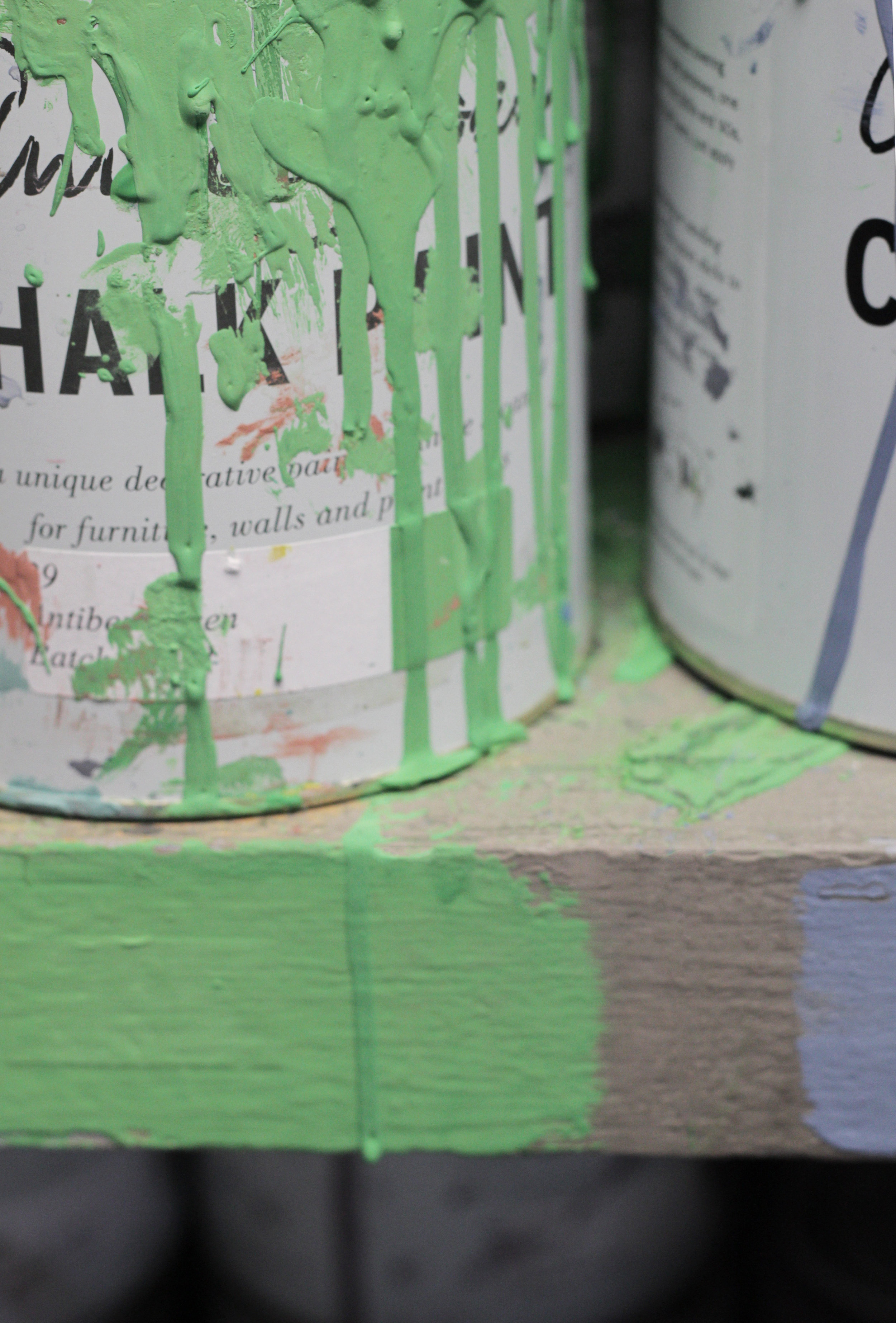 Antibe, the green Annie Sloan loves. photo by www,hestershandmadehome.com