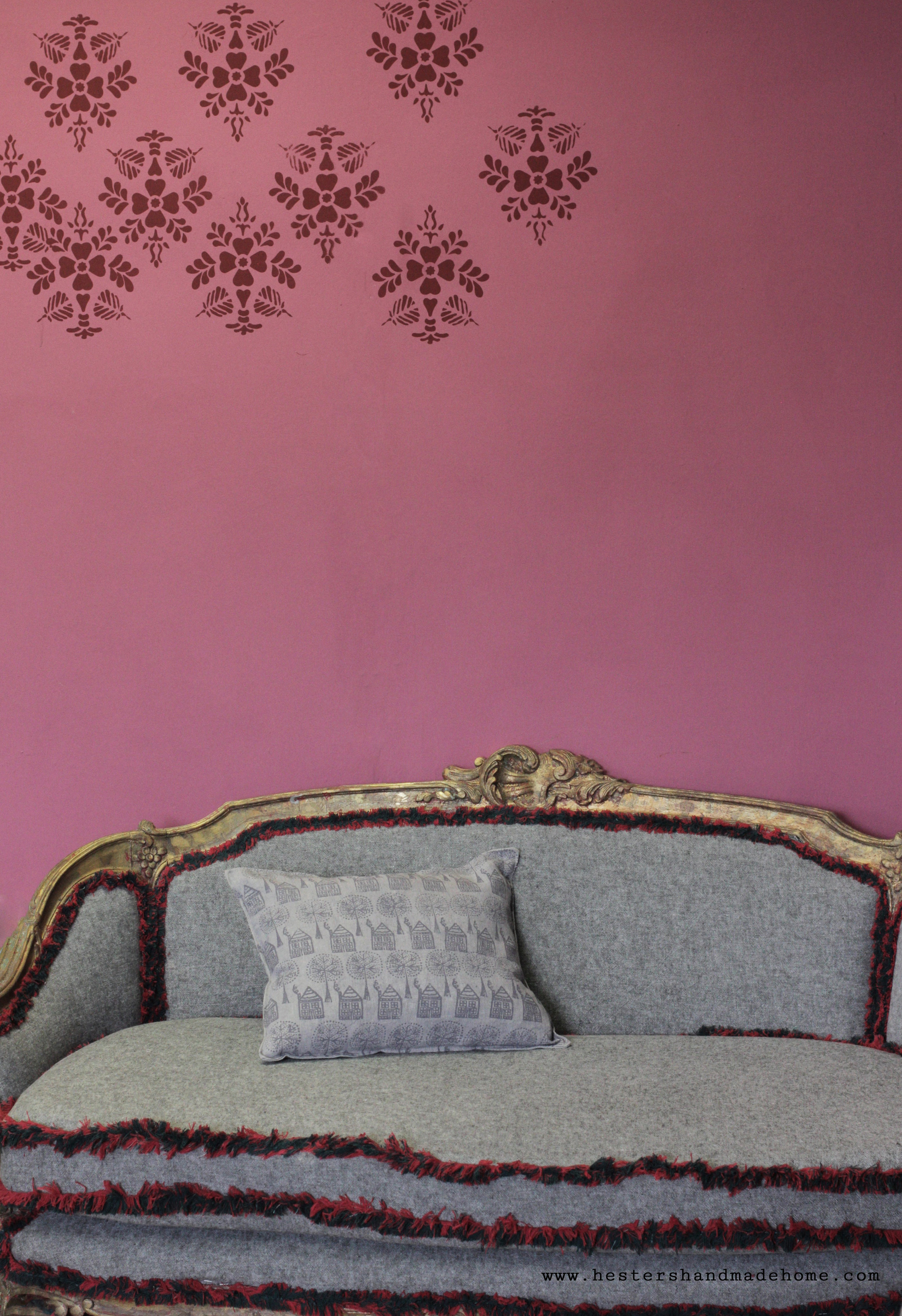 Love the sofa in Annie Sloan's studio, you can find it in her new book Paint Everything. www.hestershandmadehome.com