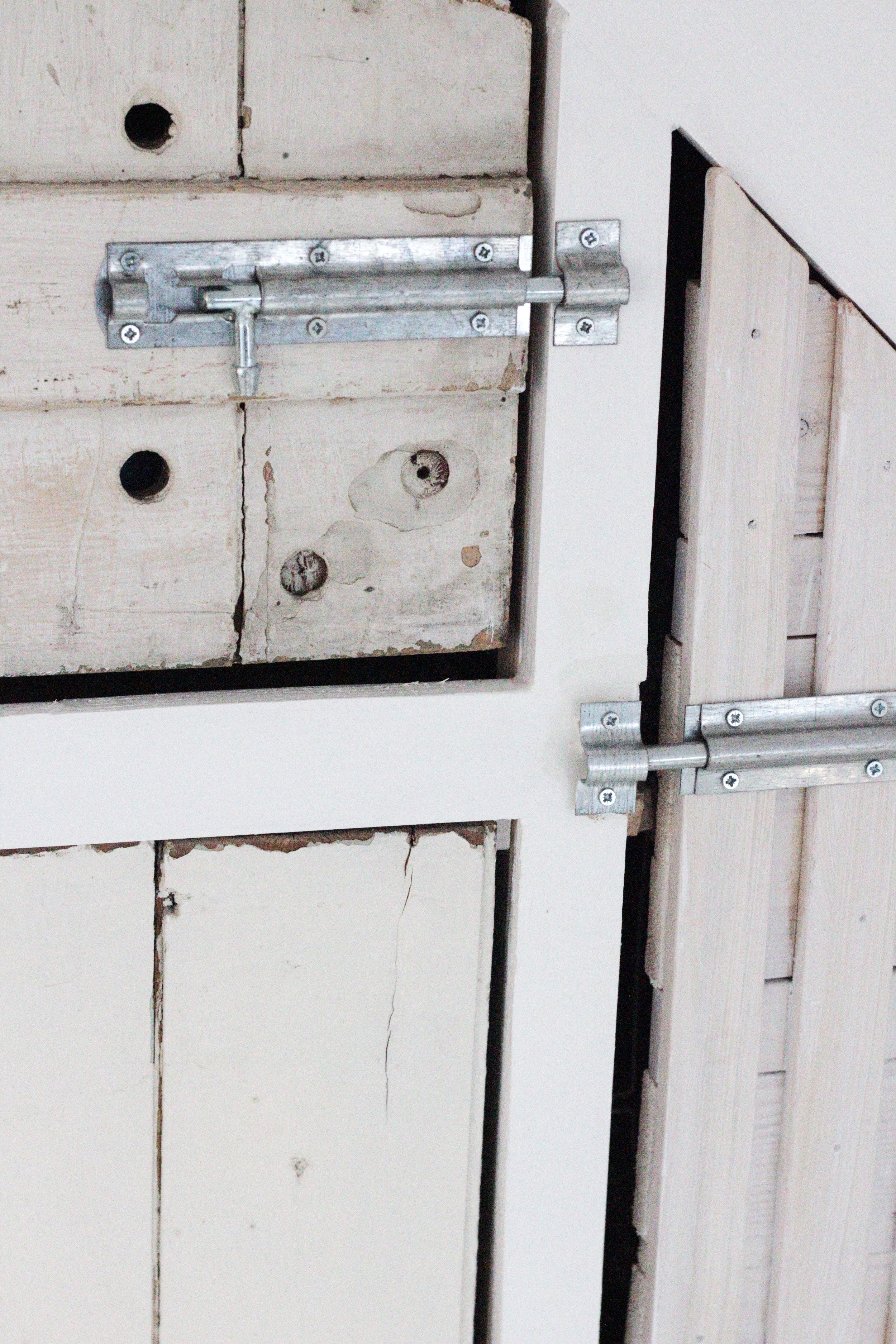 Rustic looking lock on the big wardrobe build by Hesters handmade Home
