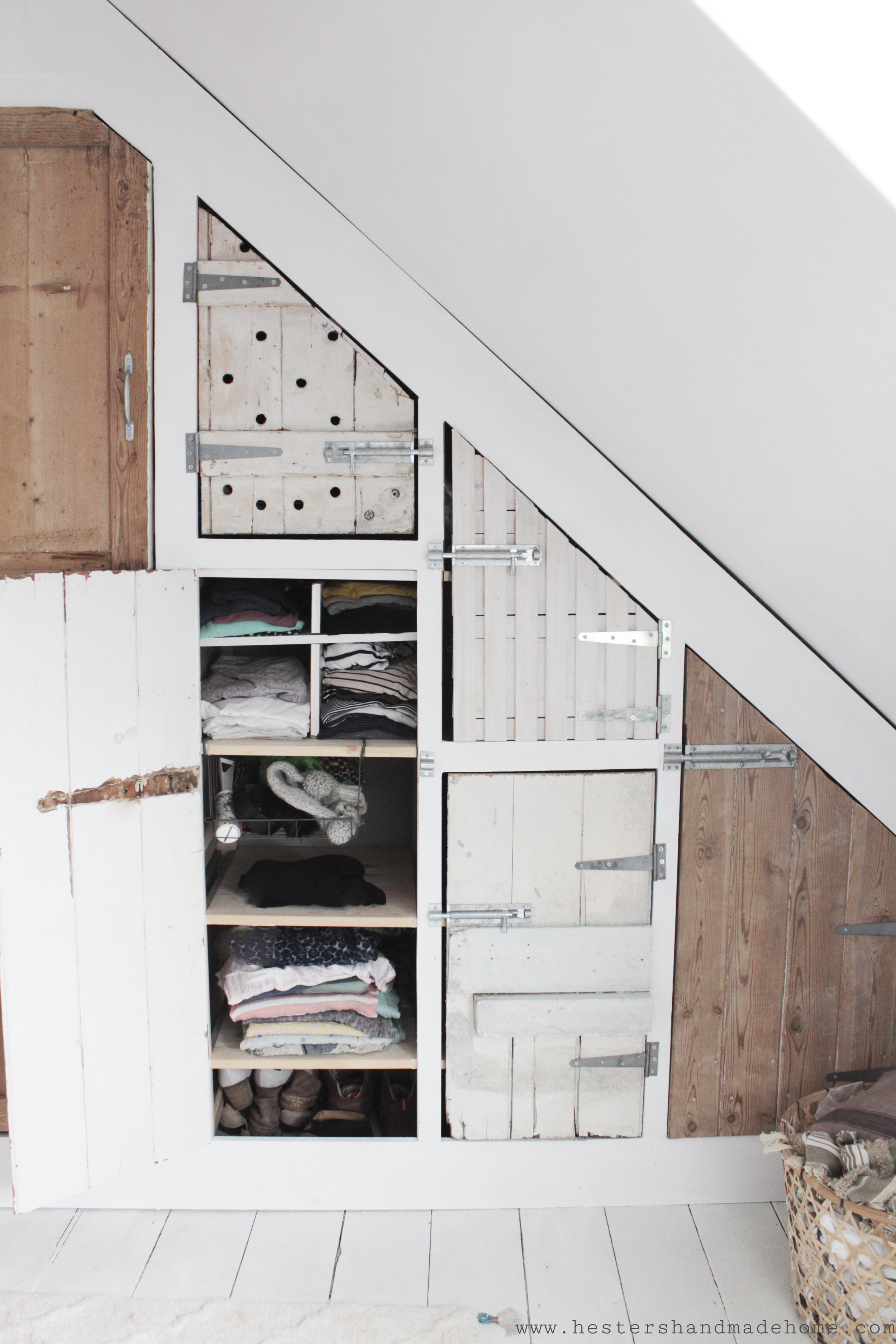 use reclaimed doors to ad rustic charm to a wardrobe, tutorial by Hesters Handmade Home