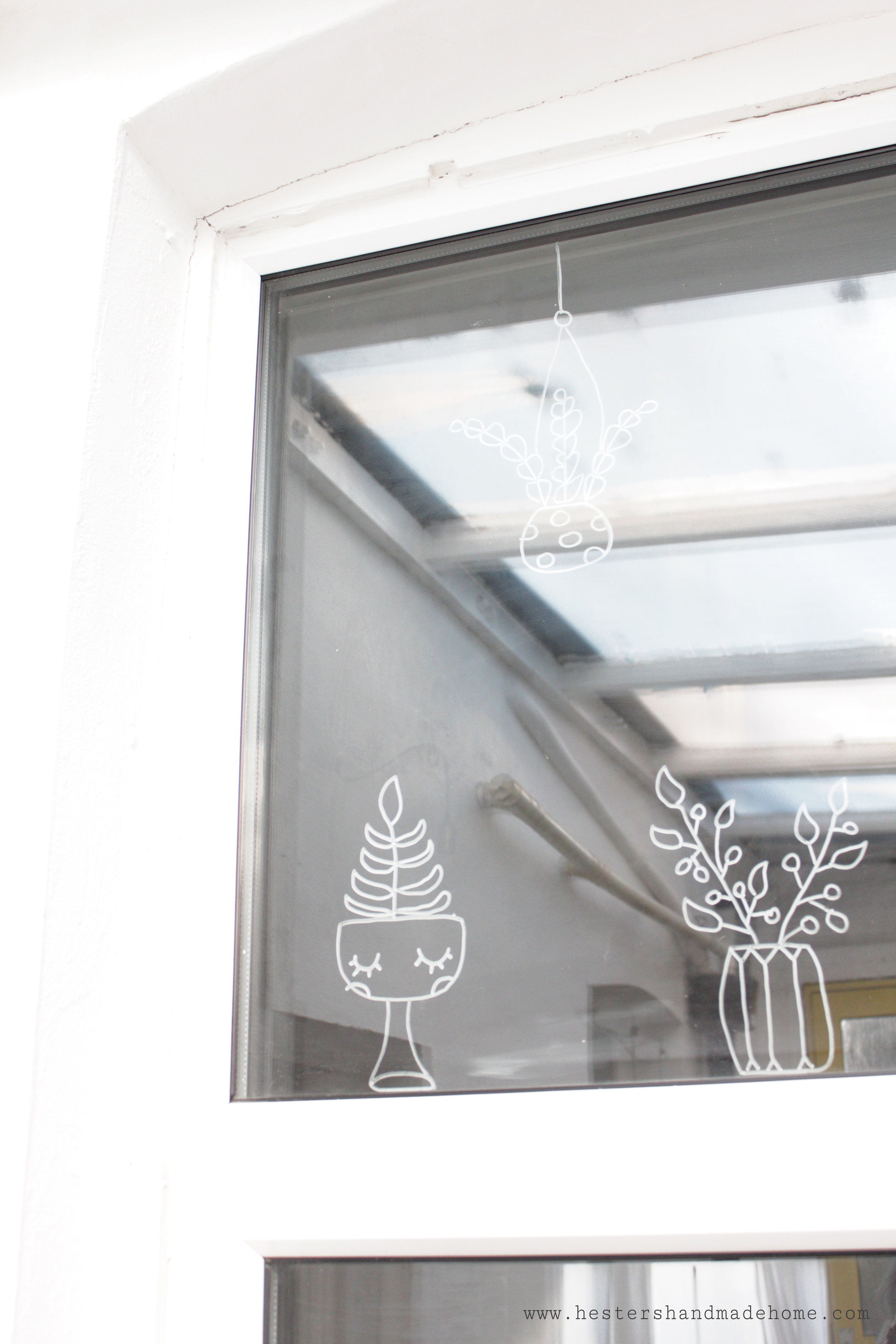 decorate your windows with chalk marker, tutorial by Hesters Handmade Home