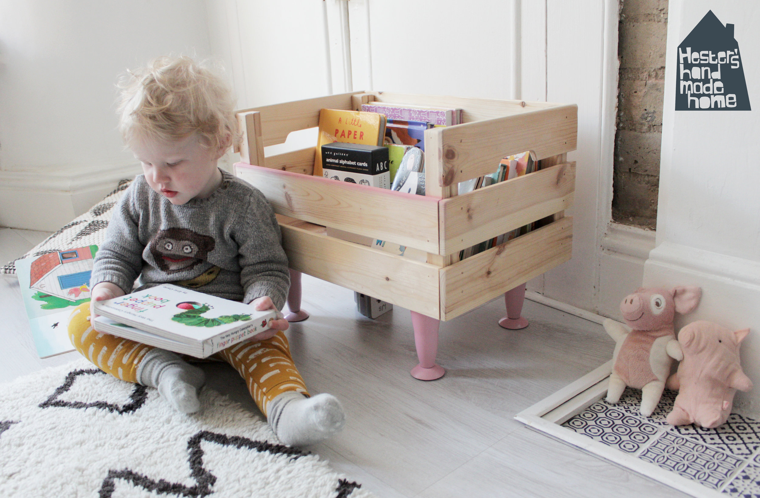 Ikea Knagglig box to book storage for a toddler by www.hestershandmadehome.com