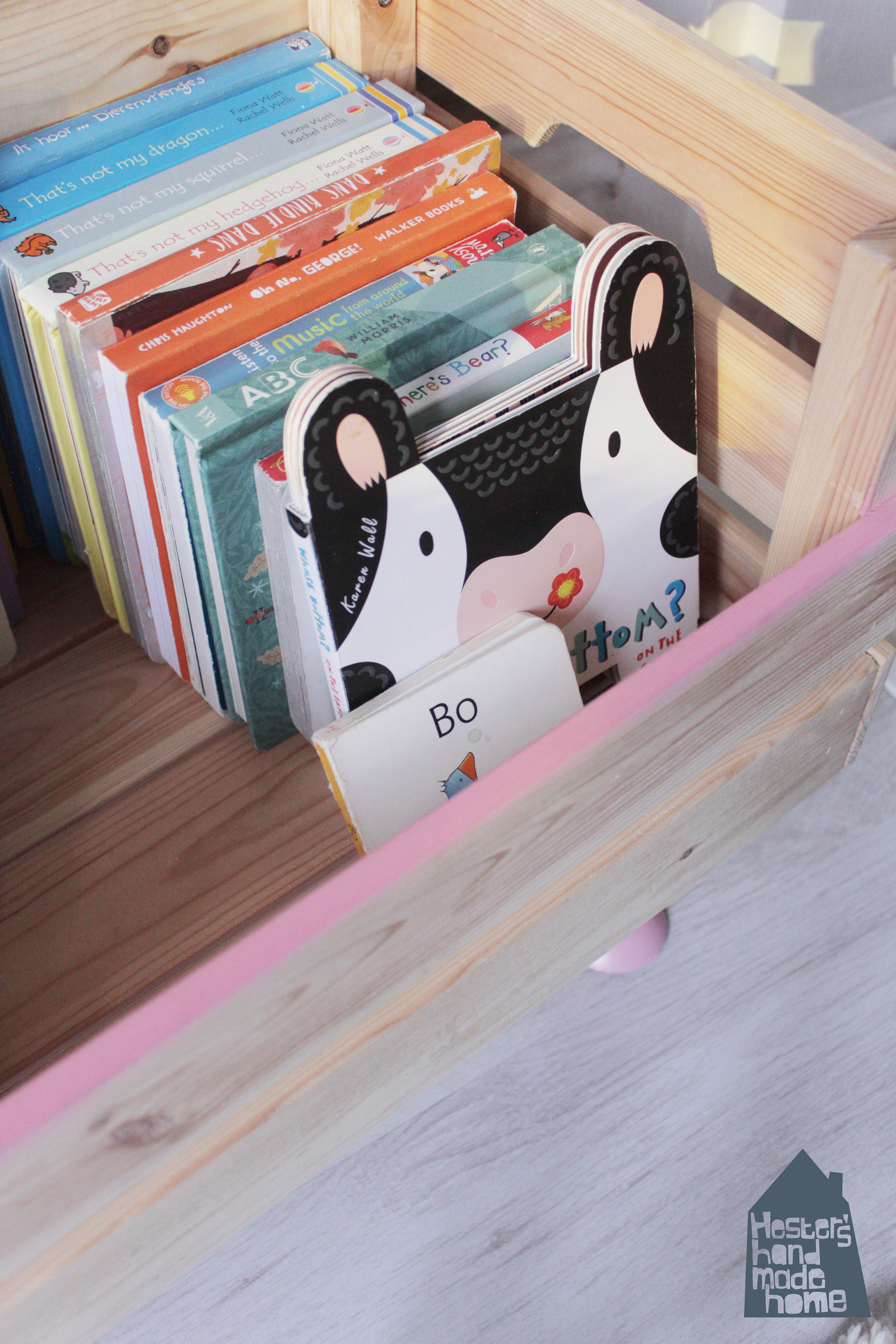 Ikea Knagglig box hack to book storage for a toddler by www.hestershandmadehome.com
