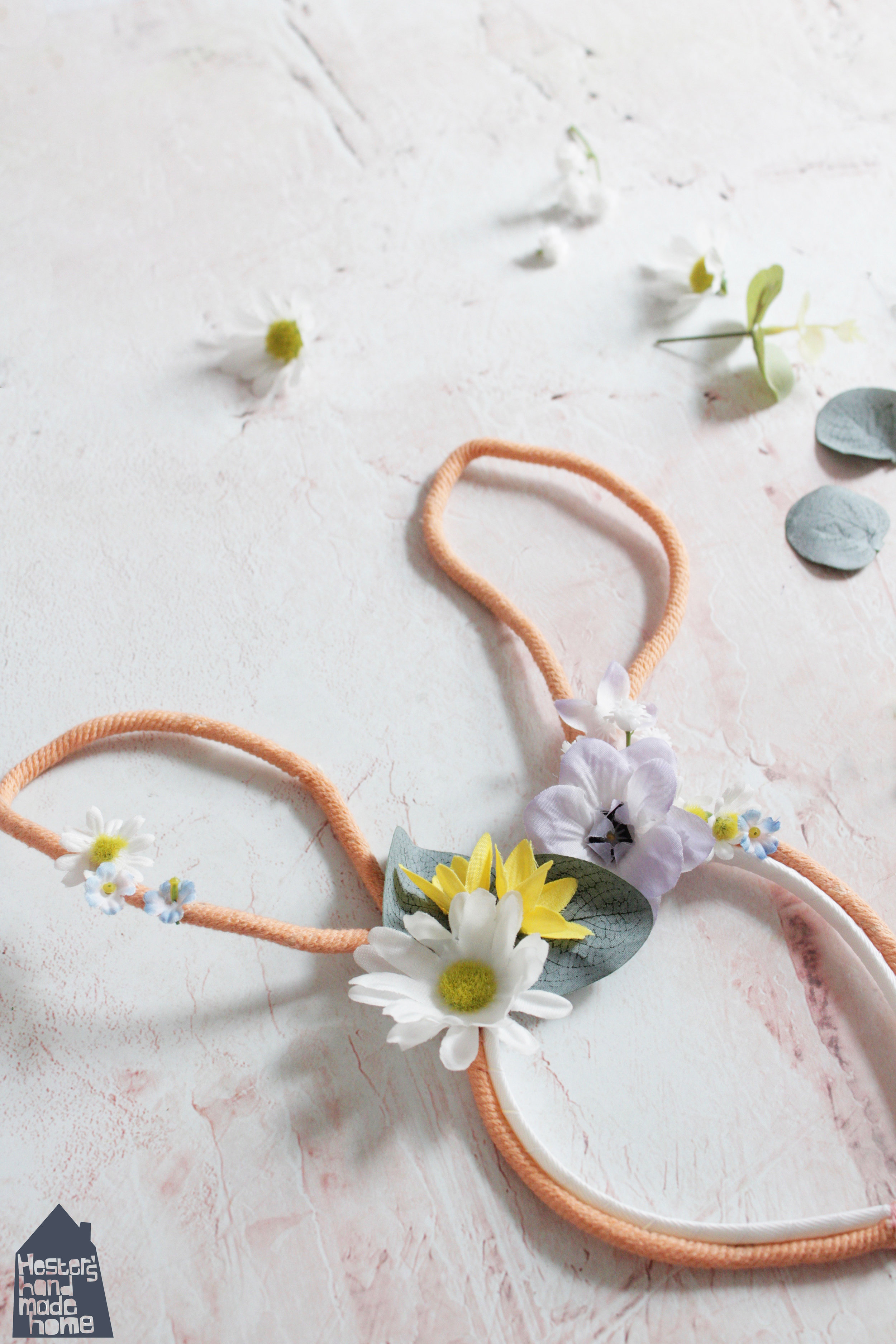 Bunny floral crown tutorial by www.hestershandmadehome.com