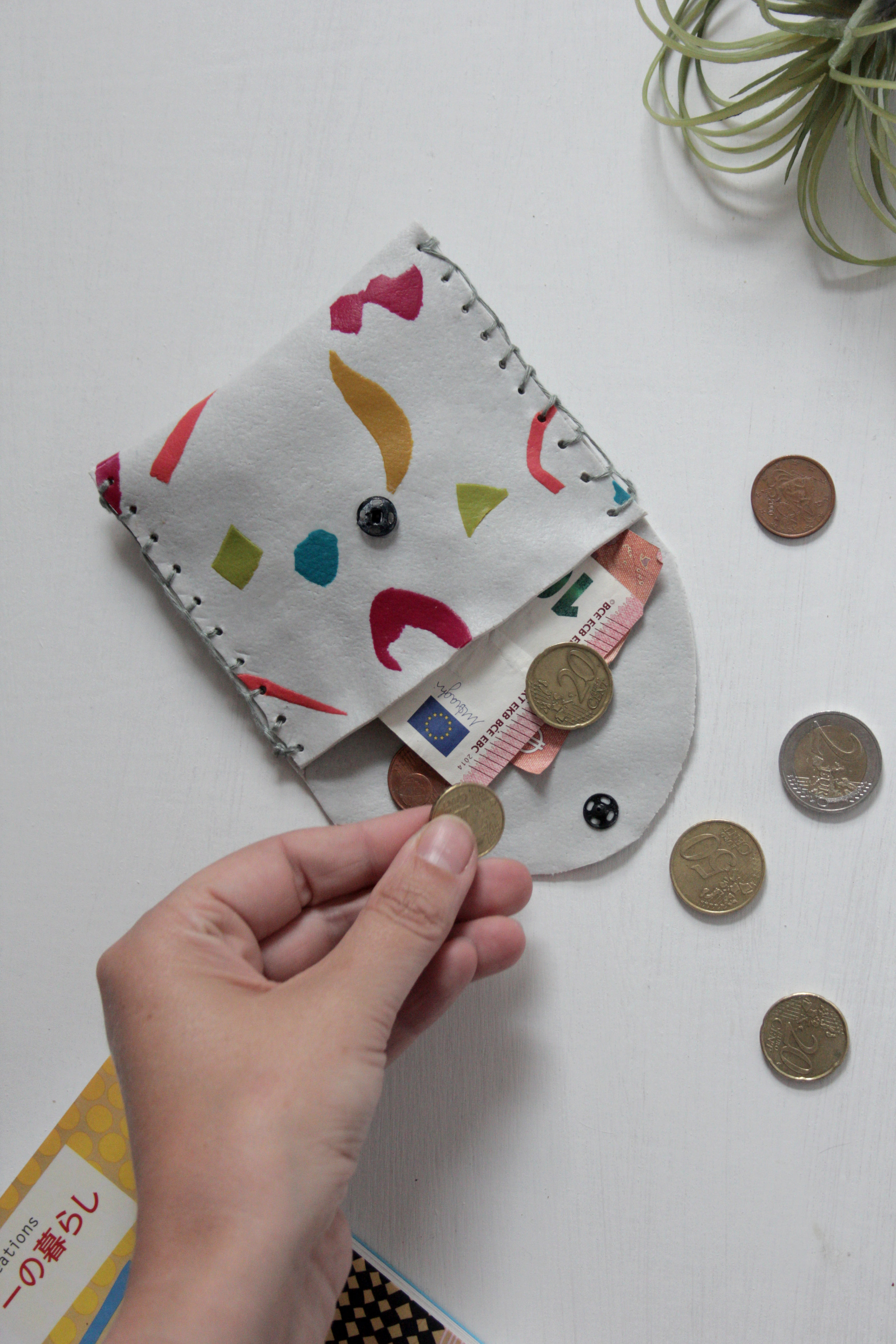 Leather look coin pouch by Hesters handmade Home using FIMO leather effect clay