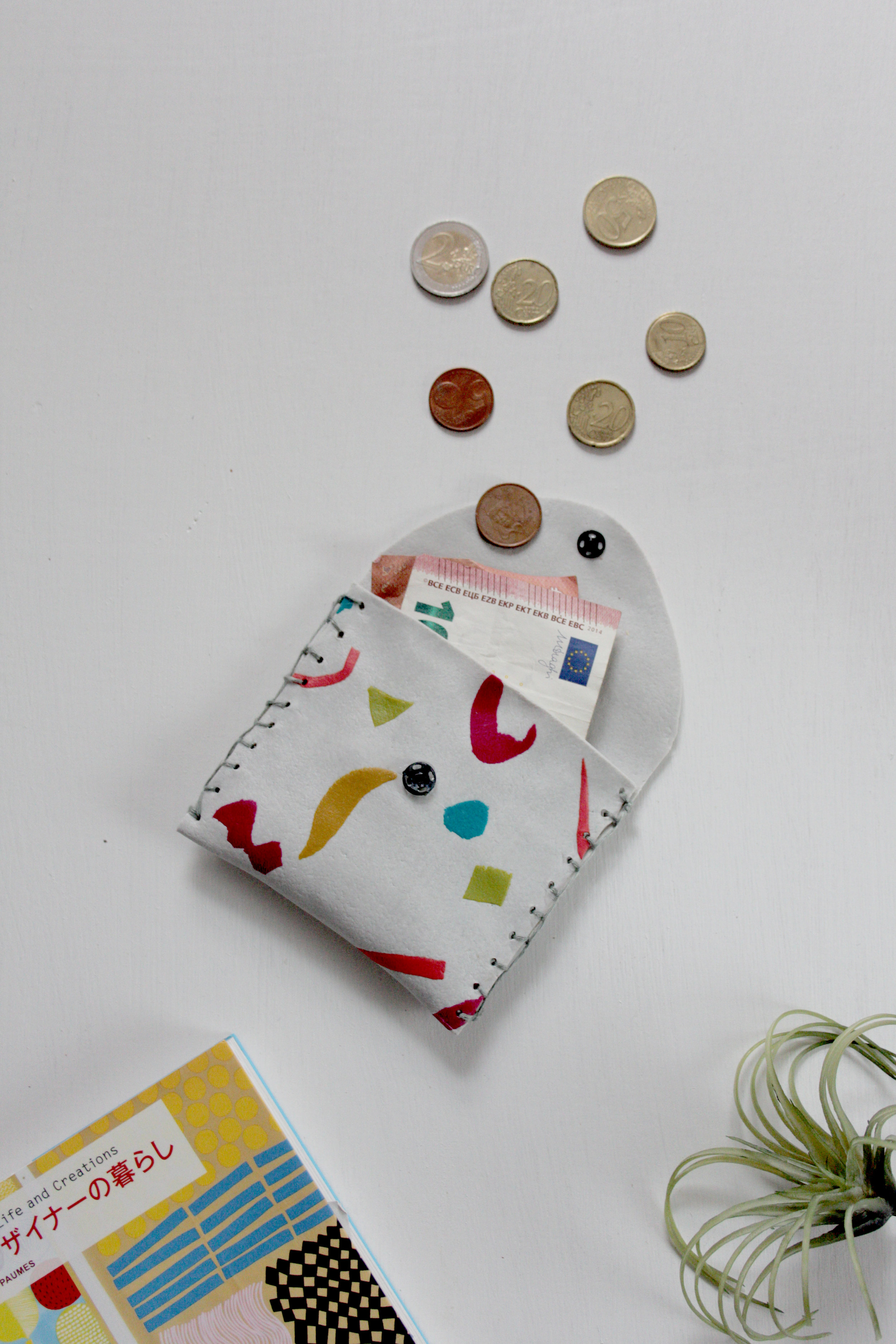 coin pouch DIY with FIMO leather effect clay by Hesters Handmade Home