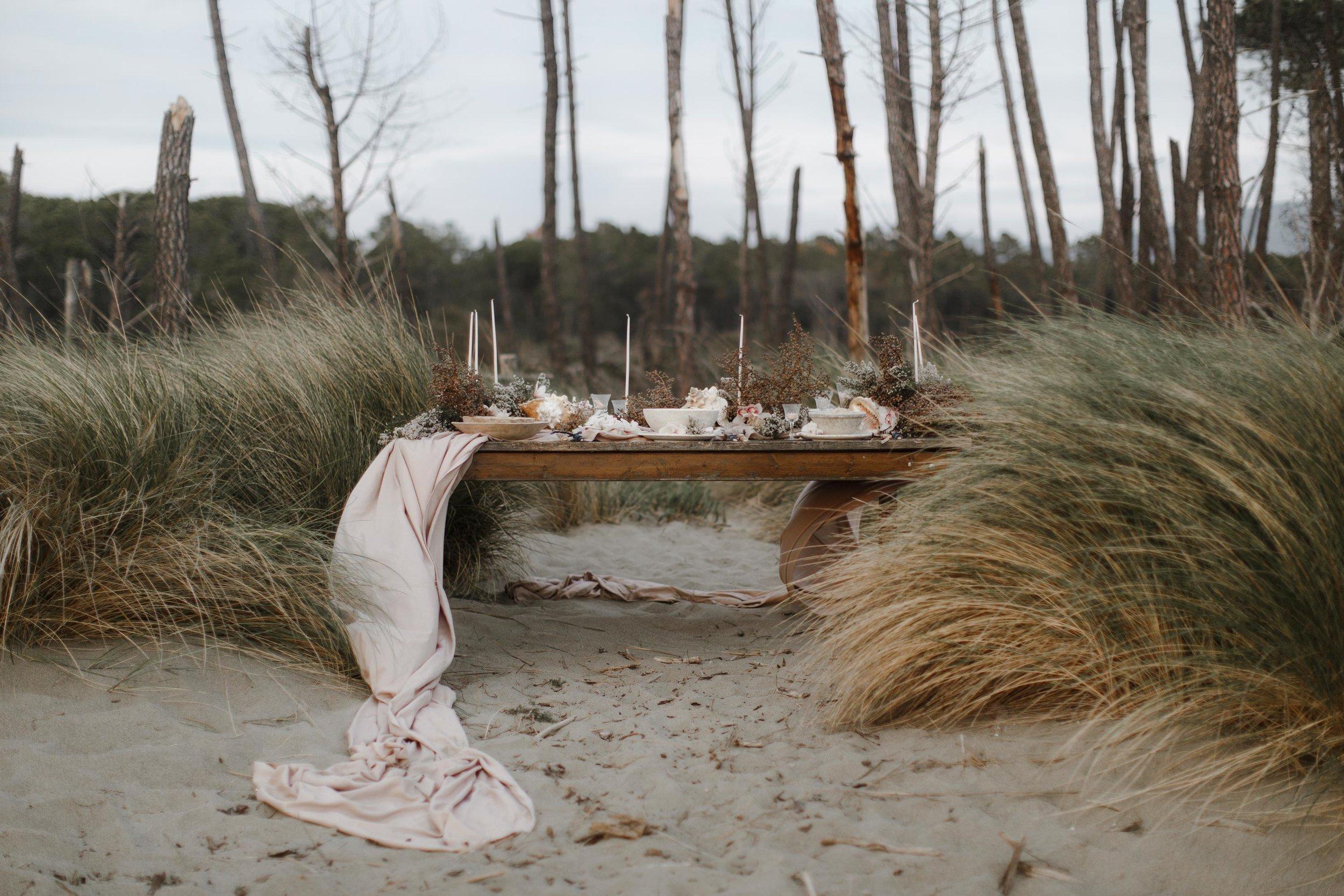 PENELOPE_ethereal_seaside_shoot_off_the_tuscan_coast_5.jpg
