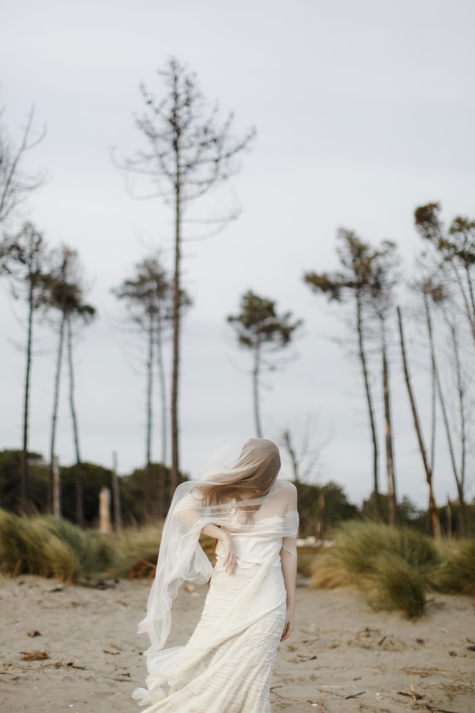 PENELOPE_ethereal_seaside_shoot_off_the_tuscan_coast_27.jpg