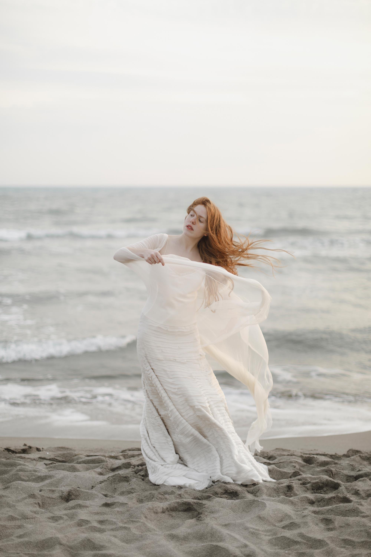 PENELOPE_ethereal_seaside_shoot_off_the_tuscan_coast_33.jpg