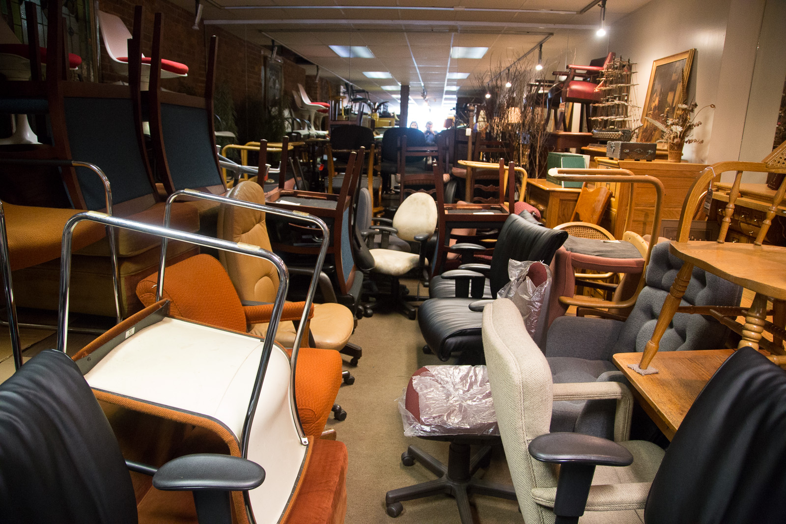 acme_furniture-2.jpg