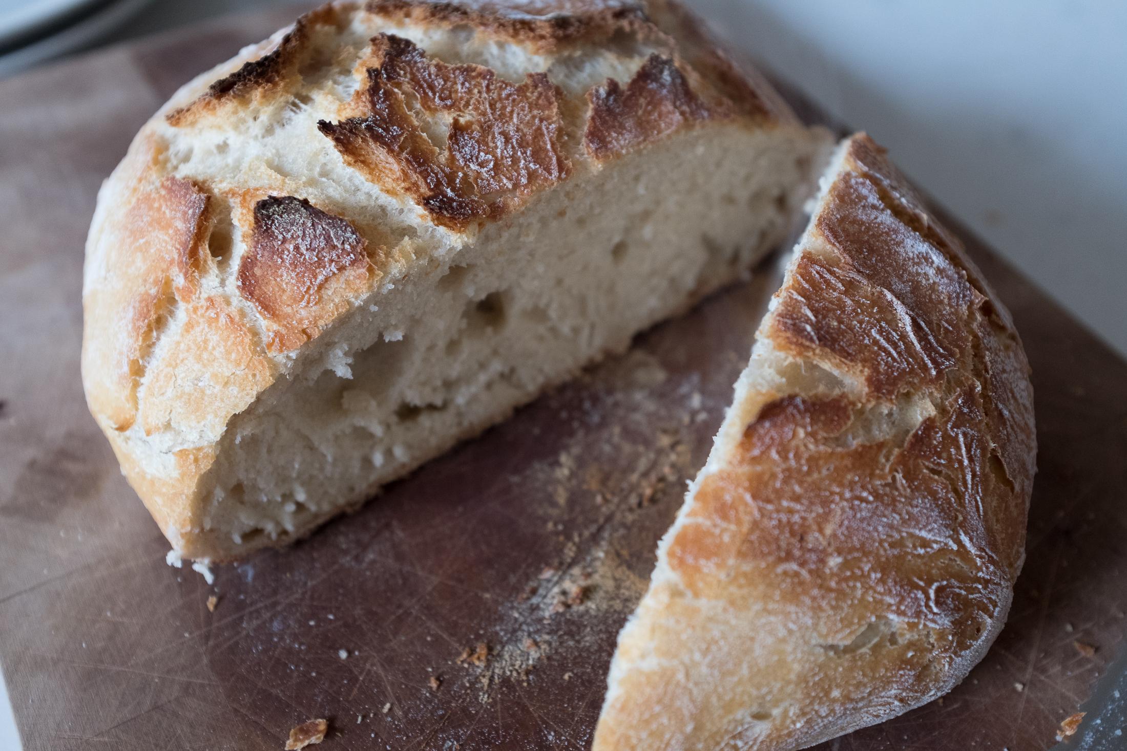 no-knead-bread-5507.jpg