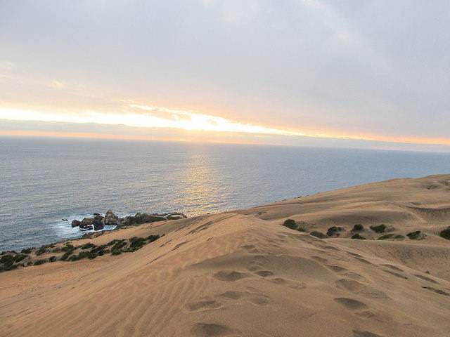 Since we enjoyed the dunes so much, we returned on a less cloudy day to watch the sunset.