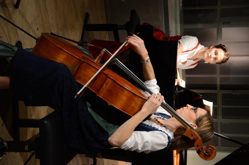 Chanda VanderHart and Mara Kronick