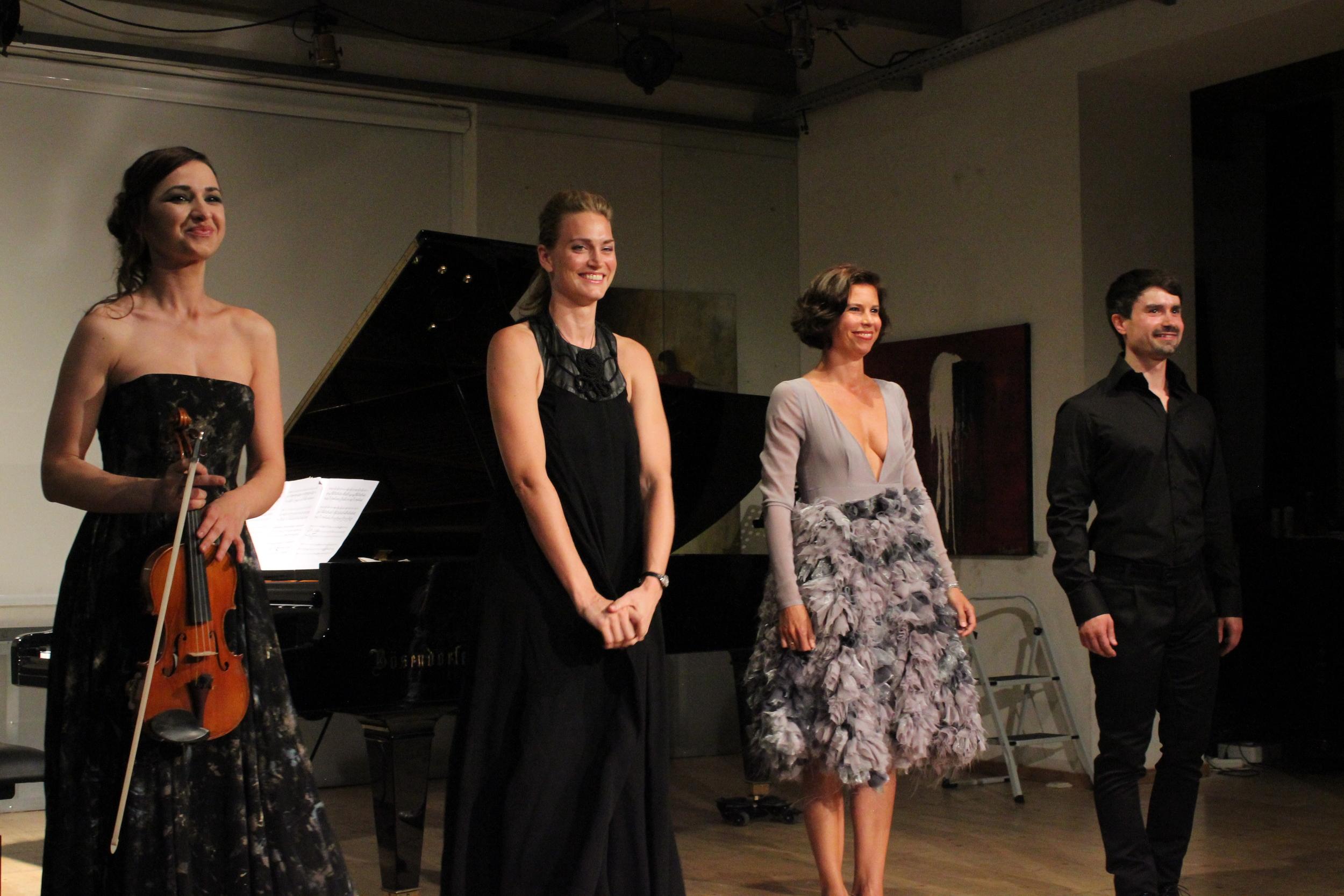 Rusanda Panfili, Chanda VanderHart, Julia Koci and Eric Stokloße