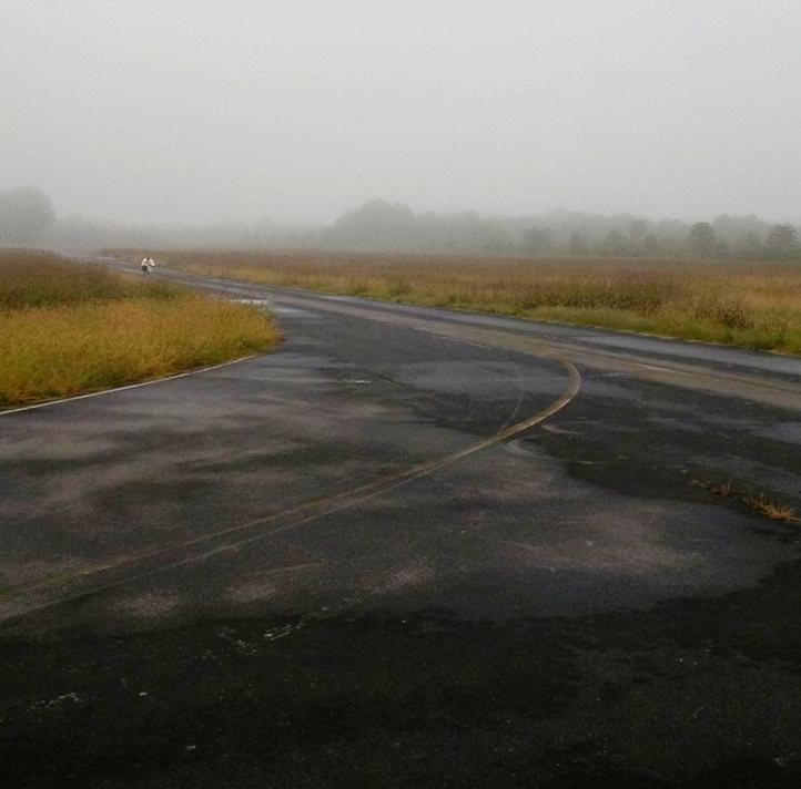 Runway-foggy.jpg