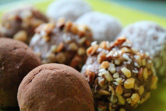 Vegan Coconut Almond Truffles