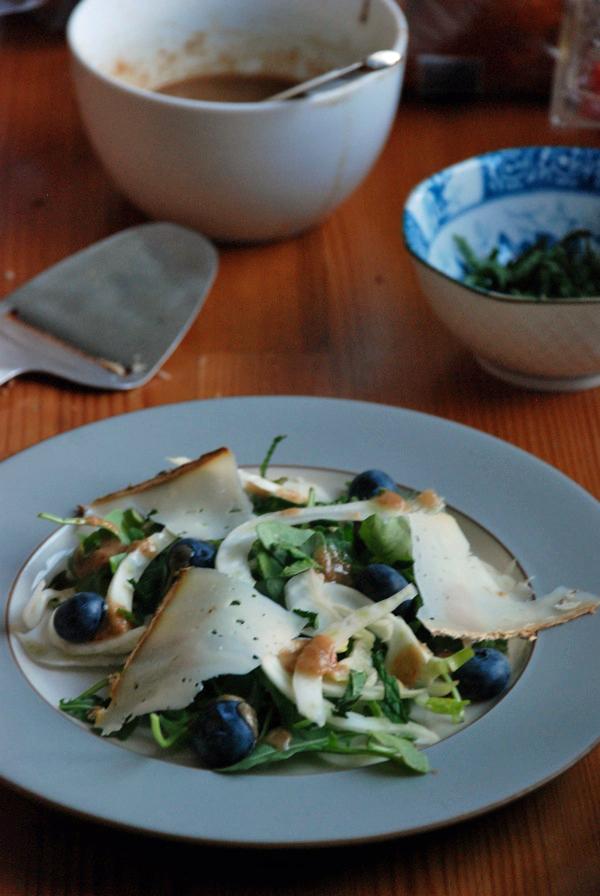 kohlrabi fennel blueberry salad 2