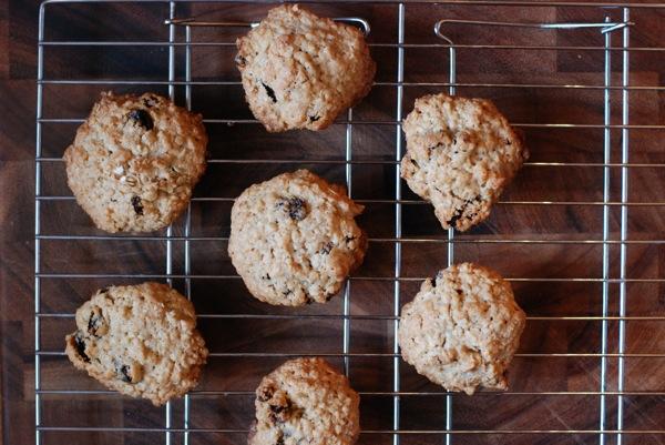 oatmeal raisin cookies4
