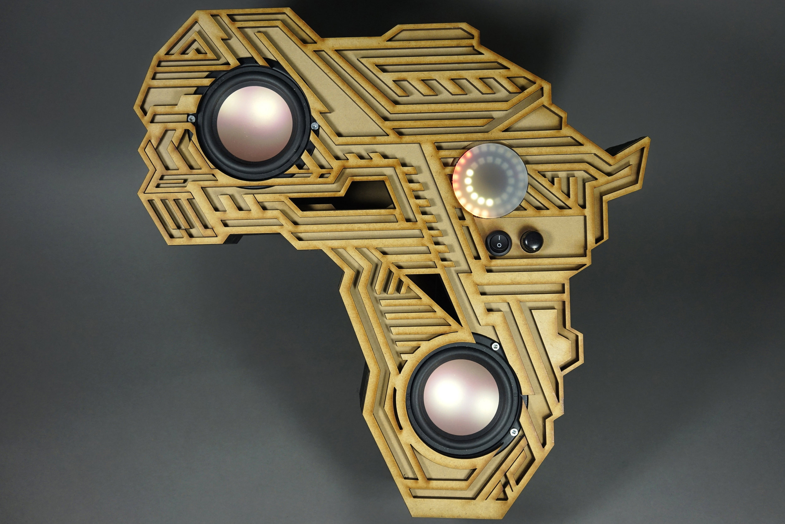 Rafa's bluetooth African continent wall-hanging amplifier