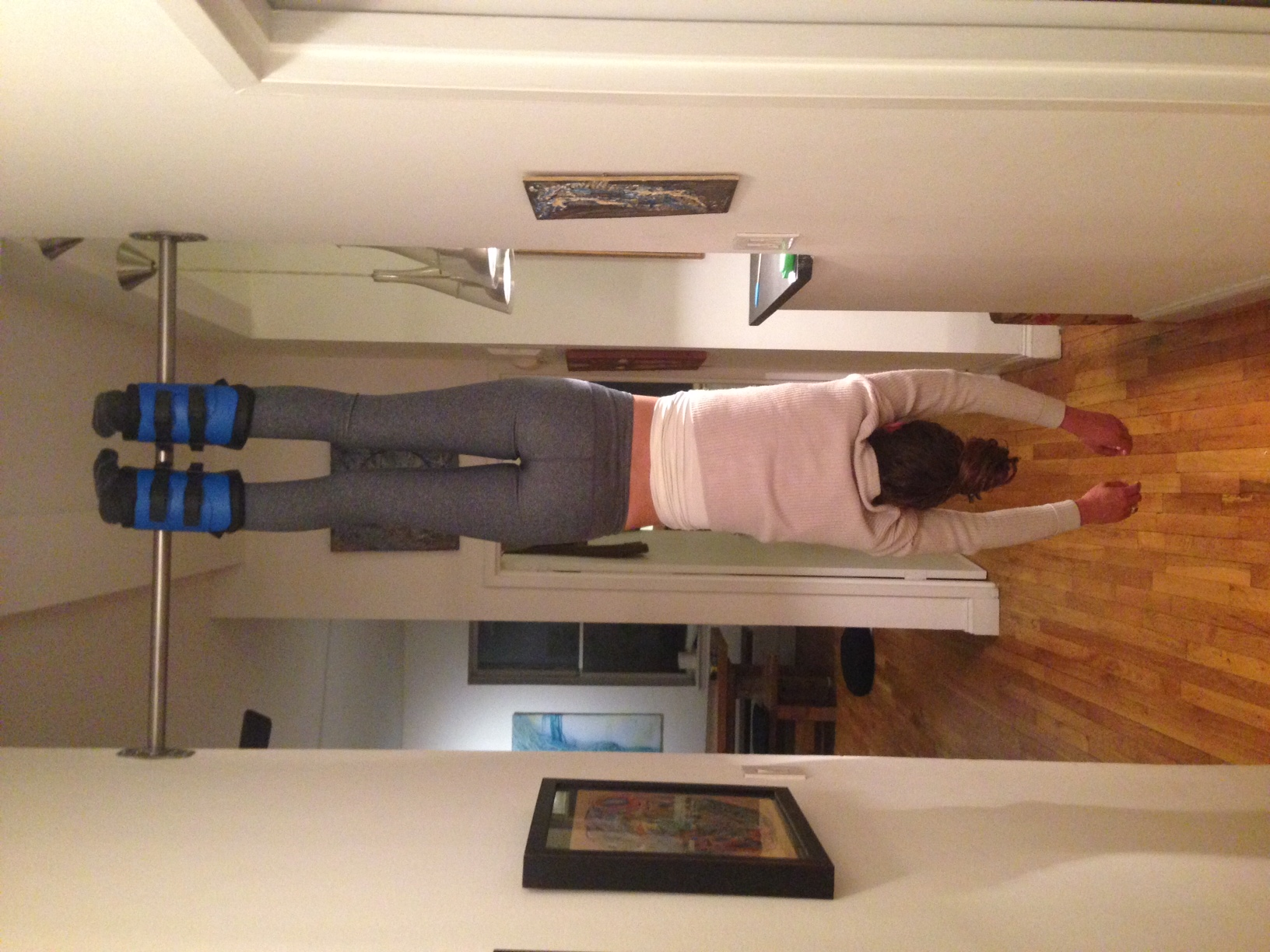 Dr. Nikki in gravity boots, decompressing her spine and it feels amazing!