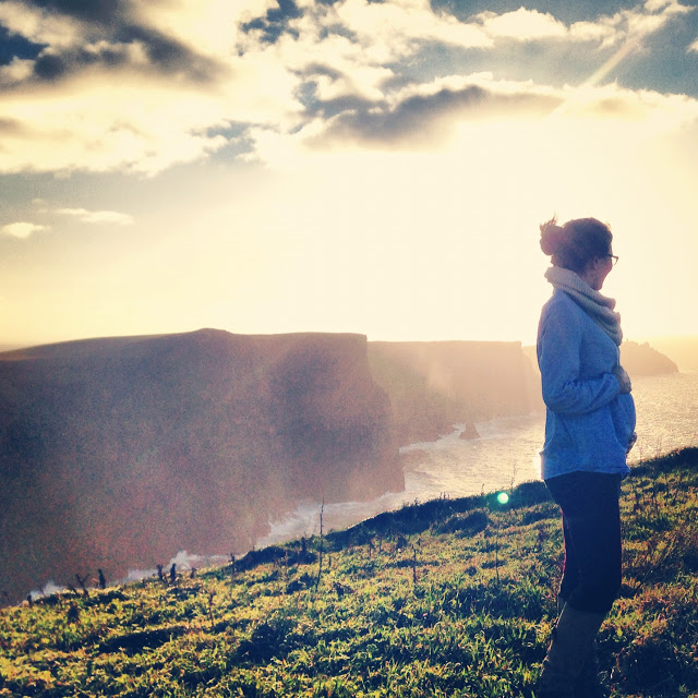 day_trip_to_the_cliffs_of_moher_asiring_kennedy_prenancy.JPG