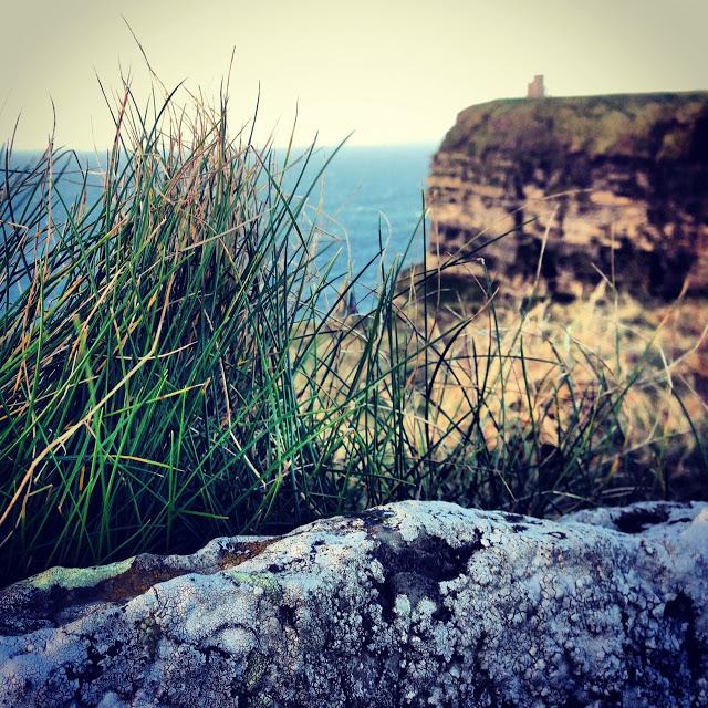 the_cliffs_of_moher_ireland_aspiring_kennedy.JPG