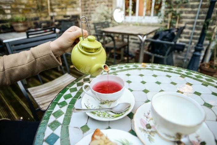 best_kept_secret_tea_shops_london_aspiring_kennedy_book_and_kitchen_allsaints.jpg