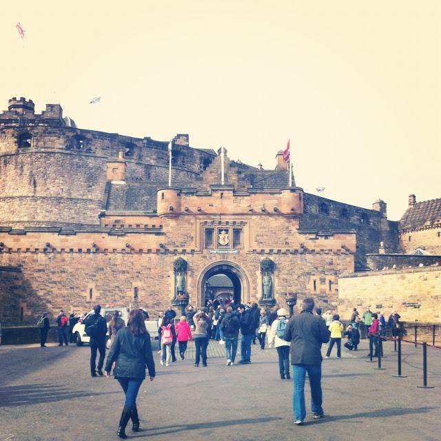 the_edinburgh_castle_aspiring_kennedy.JPG