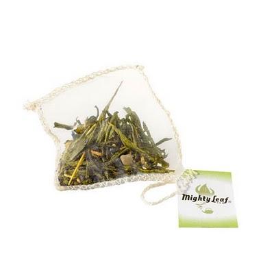 Green_Tea_Tropical_Tea_Pouches.c.zoom.jpg