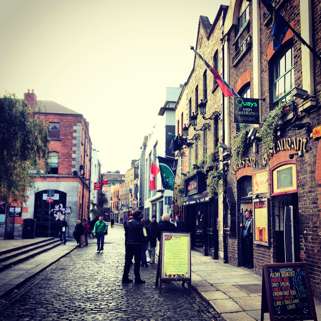 temple_bar_restaurants_dublin_aspiringkennedy.JPG