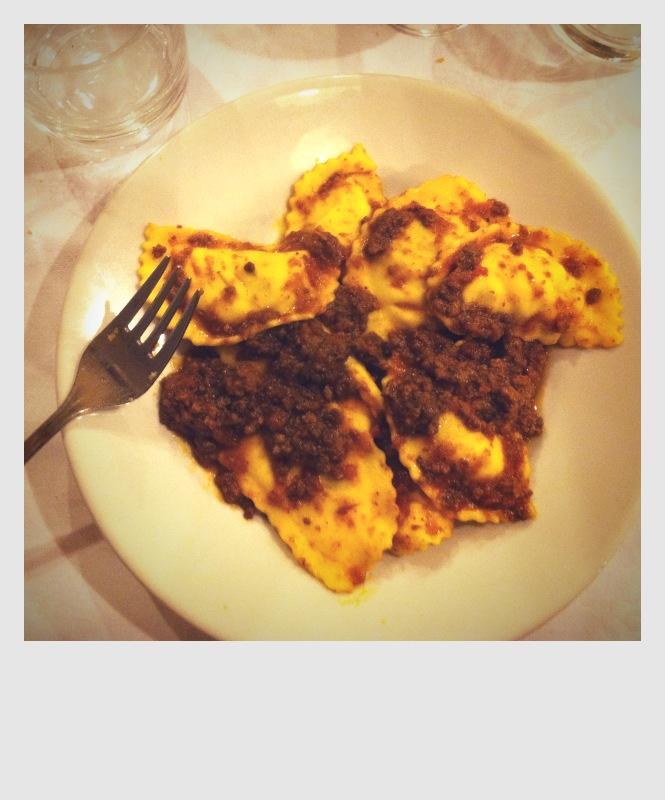 lucca_aspiringkennedy_dining2.JPG