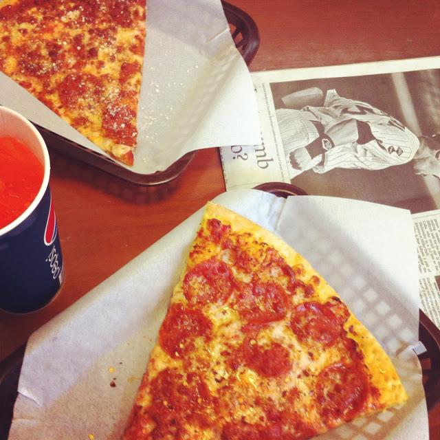 chicagos_best_pizza_state_street_aspiring_kennedy.JPG