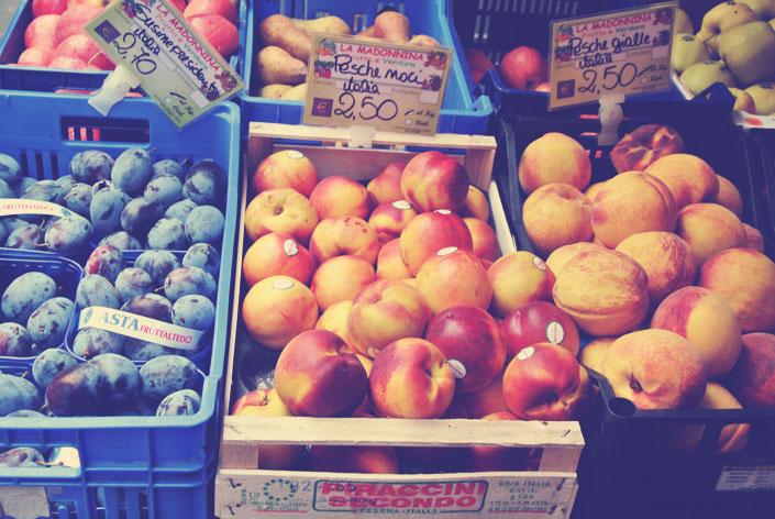 italian_fruit_stand_aspiring_kennedy.jpg