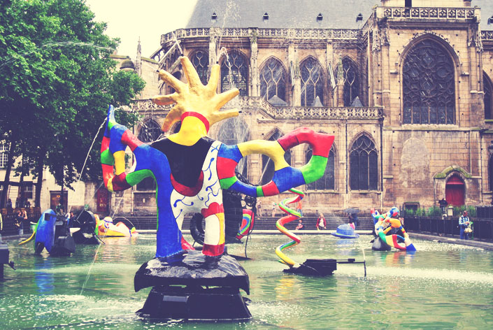 stravinsky_fountain_in_paris_aspiring_kennedy.jpg