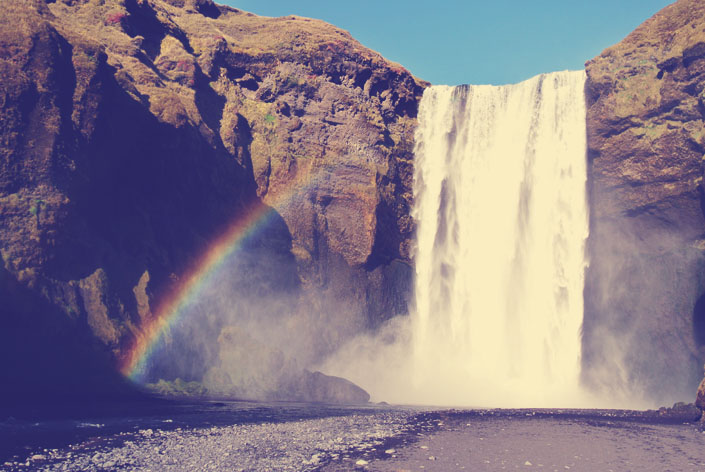 skogafoss_waterfall_with_rainbow_iceland_aspiring_kennedy.jpg
