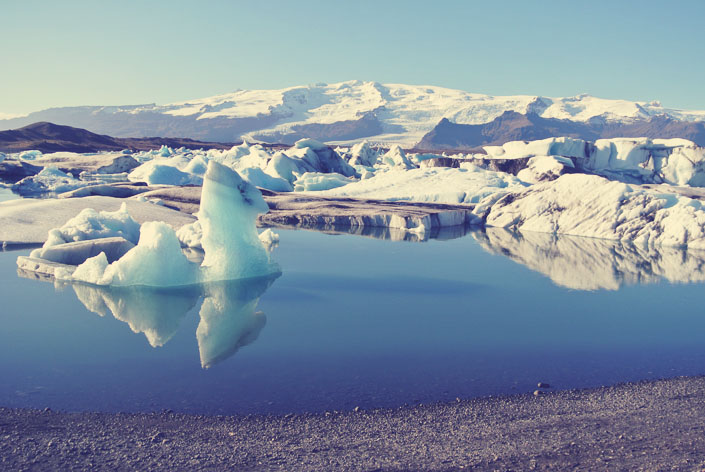 glacier_lagoon_what_to_see_in_iceland_aspiringkennedy.jpg