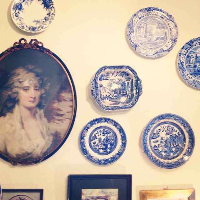 clarindas_tea_room_in_edinburgh_1_aspiring_kennedy.JPG