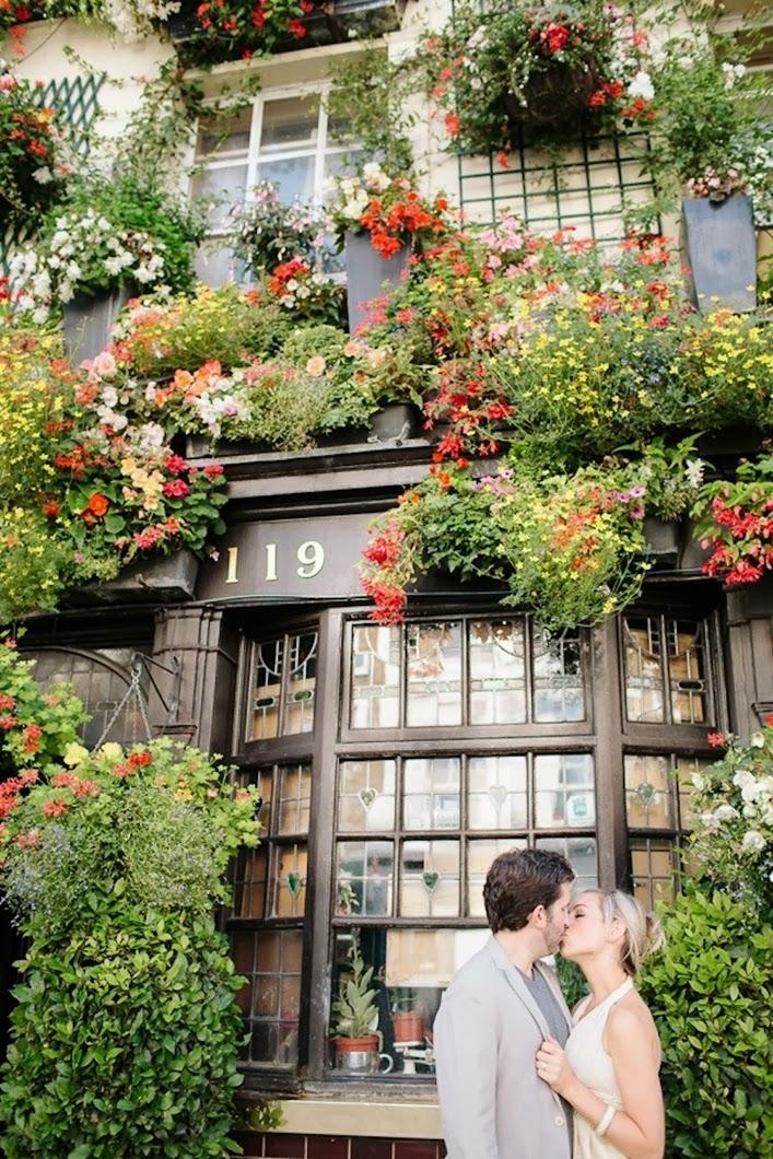 Tyler&Amber+Notting+Hill+Engagement17.jpg