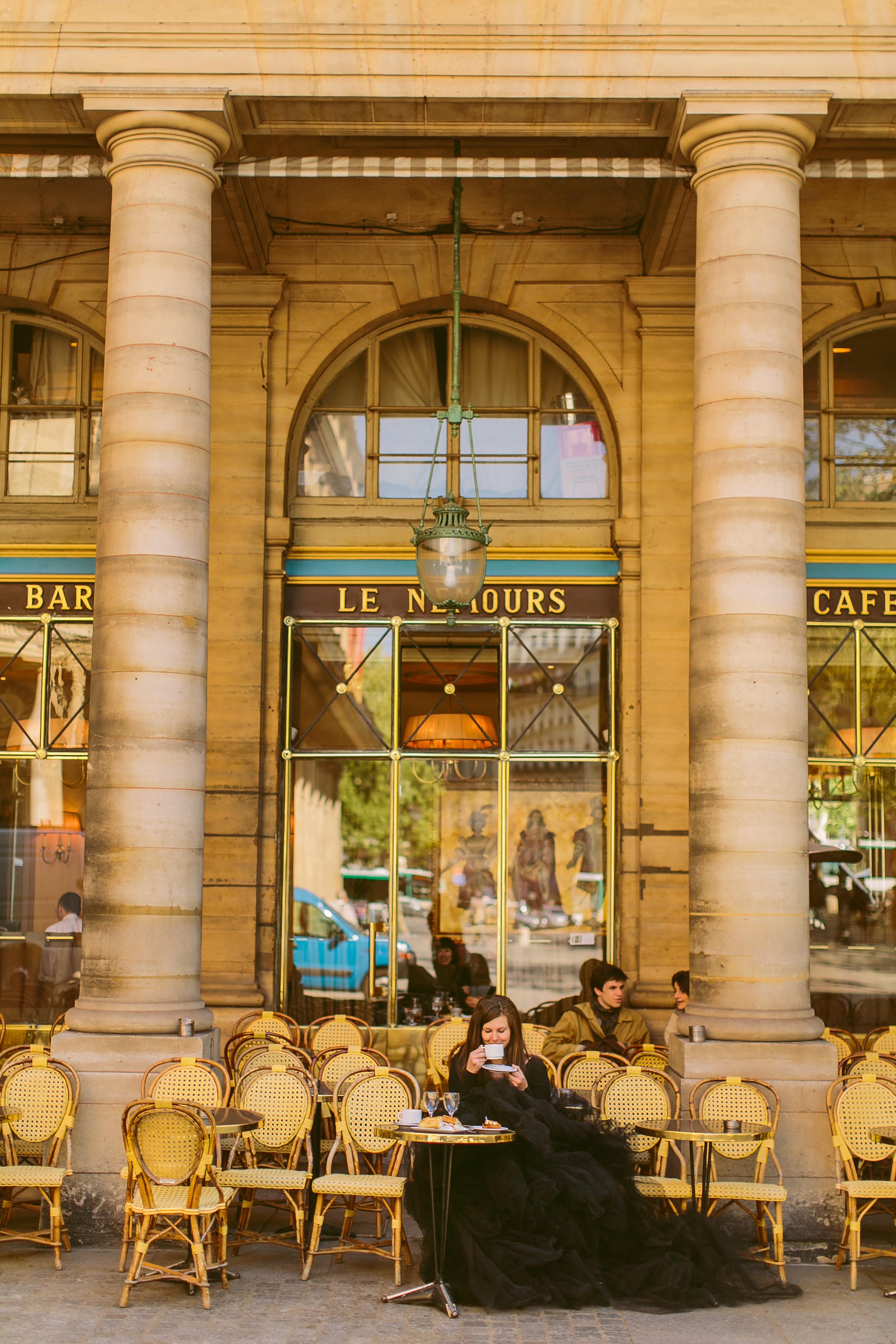 les_nemours_cafe_paris_aspiring_kennedy_lamour_de_paris