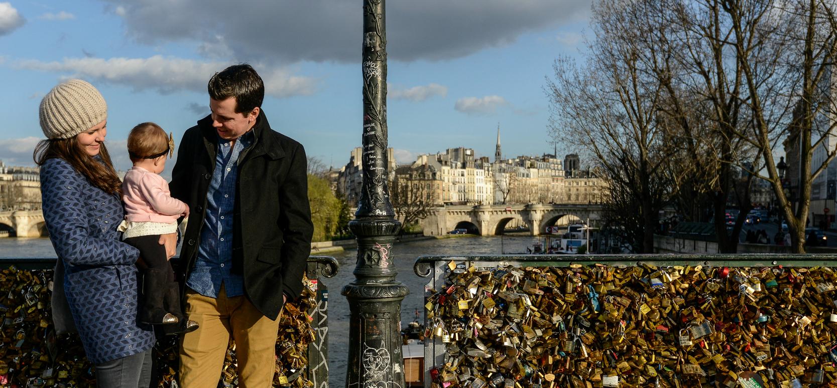 ponte_des_arts_aspiring_kennedy_paris_by_noah_darnell