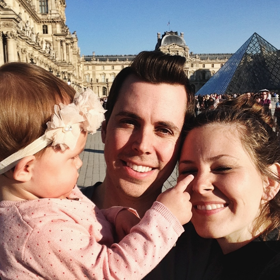 the_knights_at_the_louvre_aspiring_kennedy_traveling_tips