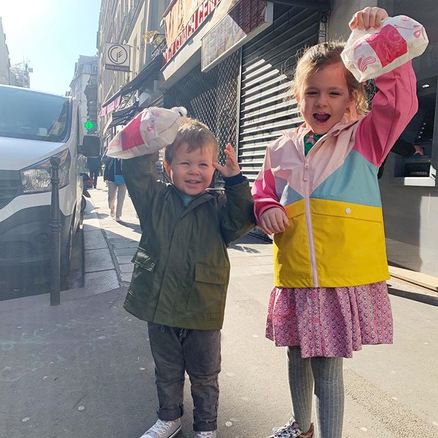 Les chouquettes! Fresh from the boulangerie and by the dozen- Viola and Harrison's favourite treat when we visit France. 🇫🇷 Swipe for glamour shots and a celebratory dance on the way to the bakery. #ParisKnights