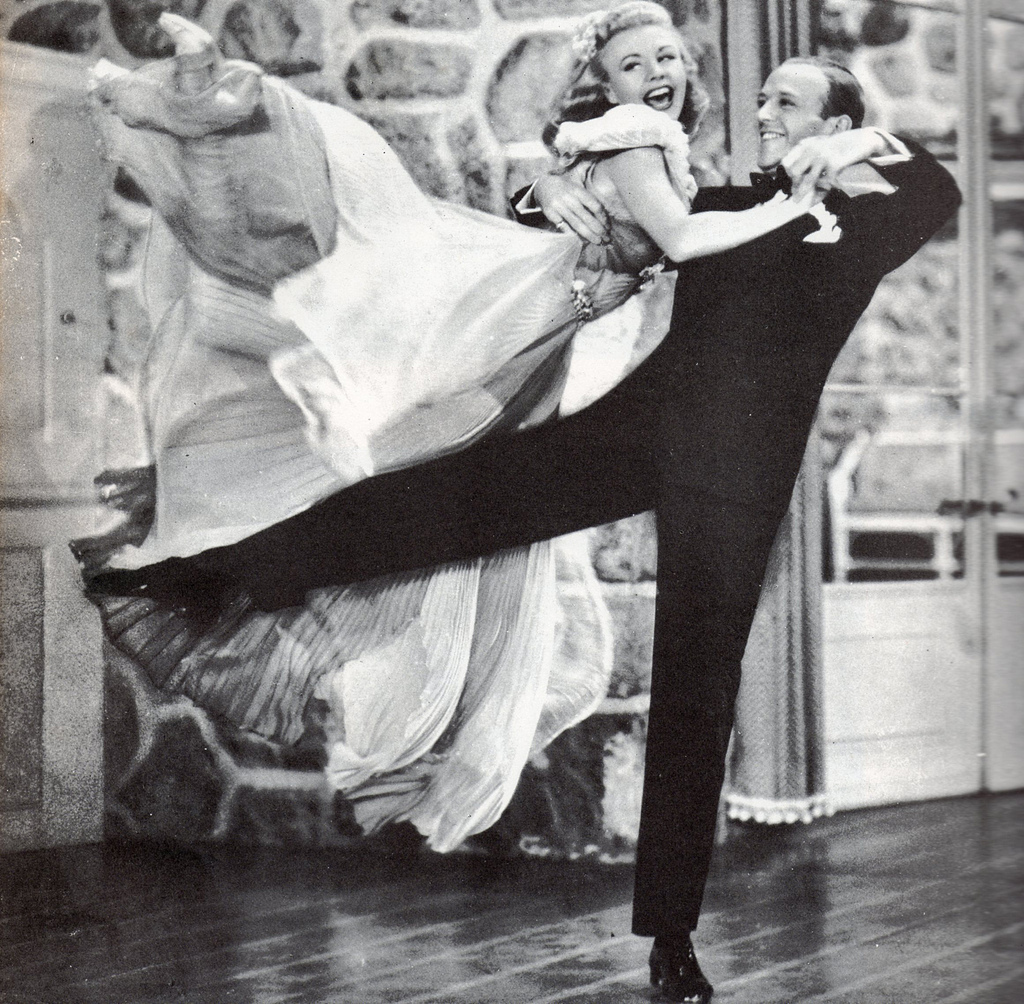 Ginger-Rogers-and-Fred-Astaire.jpg
