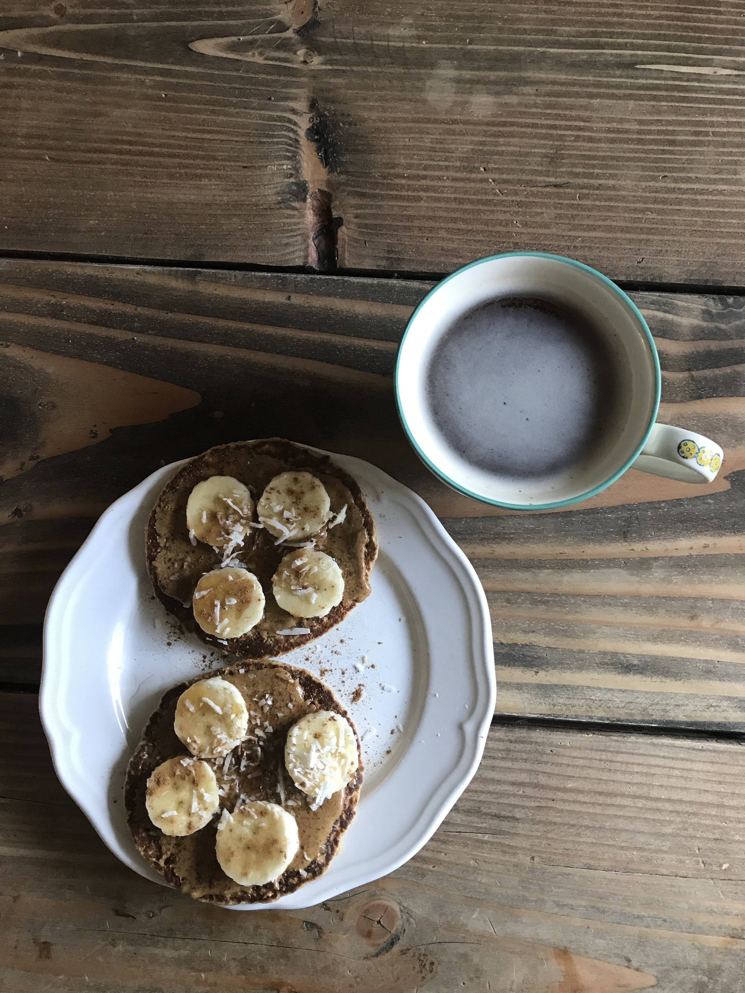 Recipe for these pancakes is here:https://www.kimscravings.com/banana-oat-blender-pancakes/